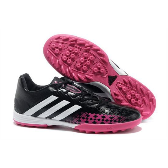 a2f3607a3157 Soccer Cleats
